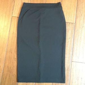 Forever21 black pencil skirt sz S